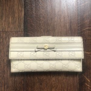 Gucci Mayfair GG Monogram Guccissima Wallet Ivory